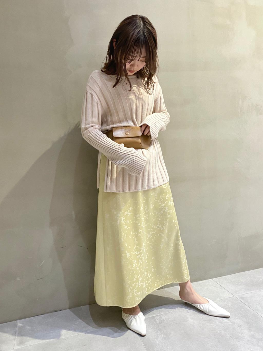 寬織紋長版針織上衣