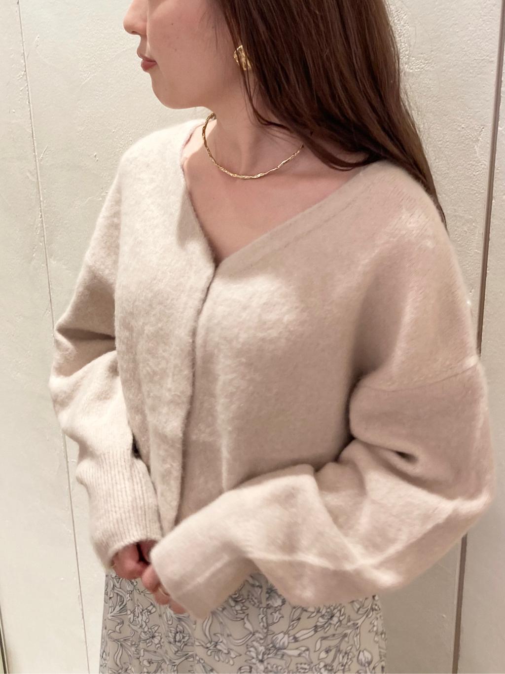 毛絨短版開襟衫